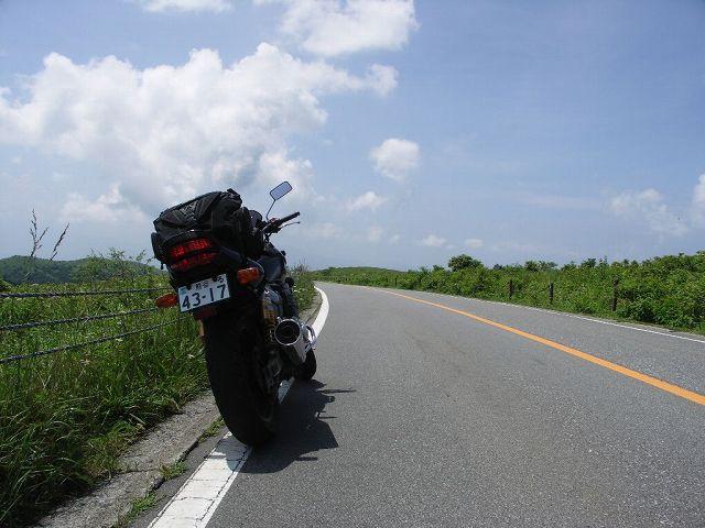 自転車の 美ヶ原 自転車 駐車場 : 11:09 八島ケ原湿原 (155km)